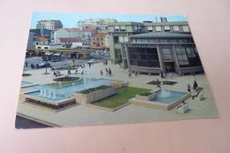 LA PLACE CHARLES DE GAULLE ..LES JETS D'EAU ..LA POSTE ..FLAMME 1977 - Vichy