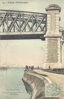 Maurecourt - Une Pile Du Pont-viaduc De Fin-d'Oise Avec Pêcheurs - Maurecourt