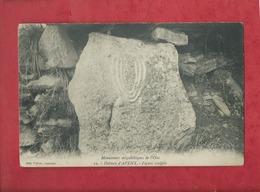 CPA  - Monuments Mégalithiques De L'Oise - Dolmen D' Aveny - Figure Sculptée - France
