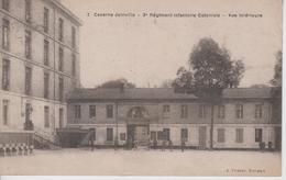 CPA Rochefort-sur-Mer - Caserne Joinville - 3e Régiment Infanterie Coloniale - Vue Intérieure (avec Animation) - Rochefort
