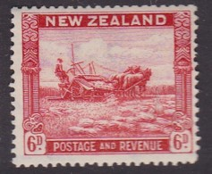 New Zealand 1942 P.14.5x14 SG 585c Mint Hinged - Unused Stamps