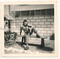M37 - Jeune Homme En Uniforme De Soldat - Photo Ancienne - Guerra, Militari