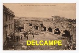 DD / GUERRE DE 1870-71 / SIÈGE DE BELFORT (90) / SOLDATS ALLEMANDS DANS LA COUR DU CHÂTEAU - Guerres - Autres