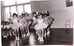 №40  Photography Of  Celebration At Kindergarten, Kids Party With Costumes- 1967, Old FOTO PHOTO - Anonymous Persons
