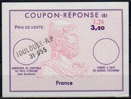 FRANCE Reply Coupon Reponse (E) Ex12 Antwortschein IAS 3,70 / 3,20 Issued TOULOUSE R.P. 31-555 - Coupons-réponse