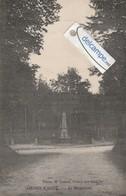 MESNIL-RAOUL : Monument Aux Morts . Phot Lesade. - Non Classés