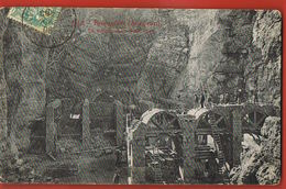 CPA 12-  ROQUEFORT- Aveyron- La Construction D'une Cave-  Voyagée 1906  -scans Recto Verso- Paypal Sans Frais - Roquefort