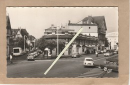 Dept 14 : ( Calvados ) Deauville, Rue Eugène Colas, Le Petit Casino. - Deauville