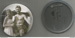No Pins  Badge Maxi (7.5cm) Cannes  Brigitte Bardot &kirt Douglas - Cinéma