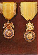 01621 - MUSEE DE LA LEGION D'HONNEUR -  Médaille Militaire Modèle Du Second Empire Et De La 3è République - Militari