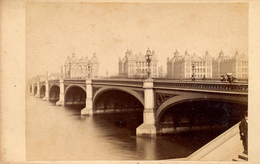 CDV, London, Westminster Bridge, St. Thomas's Hospital, No.241 - Ancianas (antes De 1900)