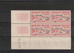 France Coin Daté Du N° 960 Natation 1953 ** Une Charniére Sur Le Bdf - 1950-1959