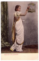 7081 - Inde - Type De Femme Hindoue - Feeding The Canary - - India