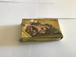 Puzzle 54 Pièces Manque De Pièces Moto Apple The Mini Fête Des Concours De Rapidité Grimault Moto Honda - Toy Memorabilia