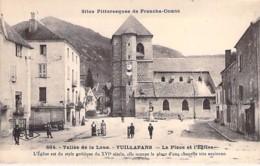 25 - VUILLAFANS ( Vallée De La Loue ) La Place Et L'Eglise - CPA Village (730 Habitants ) - Doubs ( Franche Comté ) - France