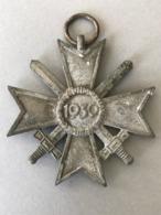 MÉDAILLE ALLEMANDE CROIX DU MÉRITE 1939 Sans Ruban - Médailles & Décorations