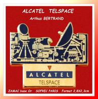 SUPER PIN'S ALCATEL : TELSPACE Société Dans Les TELECOMMUNICATIONS Signé SOFREC PARIS En ZAMAC Base Or  2,8X2,3cm - Informatique