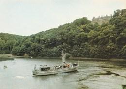 Le Trieux Dragueur De La Marine Nationale Remontant Le Trieux Vers Le Port De Pontrieux Et Le Château De La Roche Jagu - France