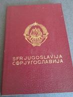 PASSPORT REISEPASS PASSAPORTO PASSEPORT   YUGOSLAVIA 1983/88   MANY VISAS, FULLY FILLED - Historische Dokumente