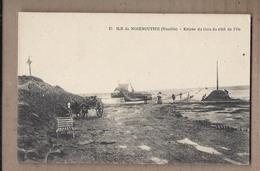 CPA 85 - ILE DE NOIRMOUTIERS - Entrée Du Gois Du Côté De L'Ile - TB PLAN ANIMATION Attelage Bâteau Route - Ile De Noirmoutier