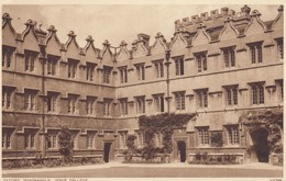 Postcard Oxford Quadrangle Jesus College PU 1954 By Photochrom To Masham Nr Ripon My Ref  B14074 - Oxford