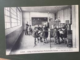 SEDAN-Collège Et Ecole Supérieure Professionnelle Turenne-Une Salle De Dessin - Sedan