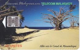TARJETA DE MADAGASCAR DE 25 UNITES ALLEE VERS LE CANAL DE MOZAMBIQUE - Madagascar