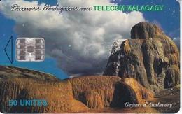 TARJETA DE MADAGASCAR DE 50 UNITES GEYSERS D'ANALAVORY - Madagascar
