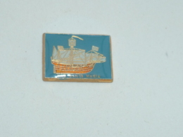 Pin's NAVIRE, LE SANTA MARIA - Bateaux