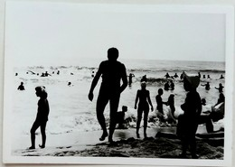 №42 Photography Of People On Beach, Sunbathing,  Black Sea Coast- 1974, Old FOTO PHOTO - Persone Anonimi