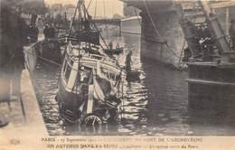 75004-PARIS-PONT DE L'ARCHECHEVE, 27 SEPTEMBRE 1911, UN AUTOBUS DANS LA SEINE - Arrondissement: 04