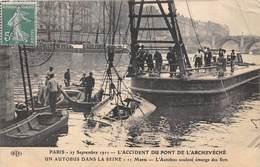 75004-PARIS-PONT DE L'ARCHECHEVE, 27 SEPTEMBRE 1911, UN AUTOBUS DANS LA SEINE 11 MORTS - Arrondissement: 04