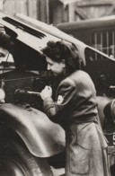 France -Croix Rouge - Une Conductrice De La Croix Rouge, De L'endurance Et De La Technique - Croix-Rouge