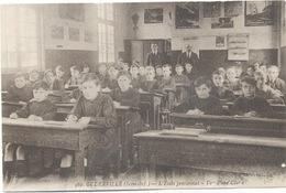 76 -Goderville  :L'Ecole Pensionnat - Vue D'une Classe. - Goderville