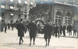 FUNERAILLES DE MR BERTEAUX VICTIME DE LA CATASTROPHE D'ISSY LES MOULINEAUX CHAR FUNEBRE A LA GARE DU BOIS DE BOULOGNE - France