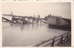 Foto Zerstörte Brücke - 2. WK - 8*5,5cm  (48460) - Krieg, Militär