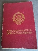 PASSPORT REISEPASS PASSAPORTO PASSEPORT YUGOSLAVIA 1966, THREE VISAS TO CANADA - Documenti Storici