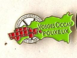 FF252 Pin's Village Pouxeux Vosges Occas Département Casse Auto Achat Immédiat - Villes