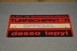 Rally Plaat-rallye Plaque Plastic: 17e Turfschiprit Breda 1971 OFFICIAL Desso Baronierijders - Plaques De Rallye