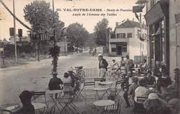 """Val-Notre-Dame - Route De Pontoise Angle De L'Avenue Des Vallées - Au Dos Bel Affranchissement Avec Cachets """"Argenteuil"""" - France"""