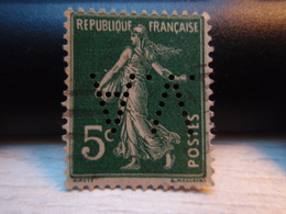 Timbre  Semeuse De Camée   5c -Y&T N° 0137- Perforé V A - 1906-38 Semeuse Camée