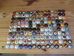 150 Capsules De Muselet Champagne Différentes - Colecciones