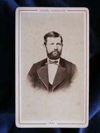 Photo CDV Chenel Glénisson à Sens - Portrait Homme Notable Barbu Vers 1875-80 L290 - Photos
