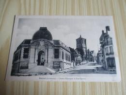 Rethel (08).Caisse D'Epargne Et Rue Carnot. - Rethel