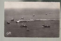 CP -14 - Port-en-Bessin - La Jetée - Jour De La Bénédiction De La Mer - Port-en-Bessin-Huppain