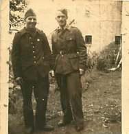 250320C - PHOTO GUERRE Militaire Camp De Prisonnier De Guerre Stammlager Stalag Hauphtm U Komp Chef - Guerra, Militari