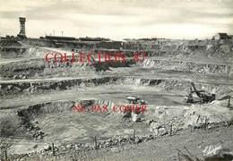 87 ☺♦♦ BESSINES - RARE < LE BRUGEAUD - CARRIERE D'URANIUM Et La MINE - Exploitation Minière Grue Camion - Bessines Sur Gartempe