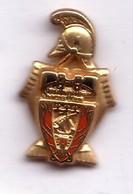 PP70 Pin's Brigade Des Sapeurs Pompiers De PARIS (un Casque Qualité Arthus Signé AMC Achat Immédiat - Brandweerman