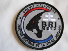 ECUSSON POLICE NATIONALE DCPJ LA BRI DE METZ ETAT EXCELLENT SUR VELCROS - Police & Gendarmerie