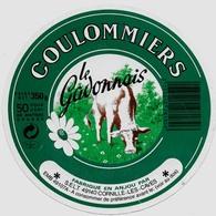 Etiquette Coulommiers S.E.L.T. 49140 CORNILLE LES CAVES (4910701) Très Belle Semble Neuve Aucune Trace De Décollage133mm - Fromage